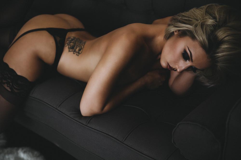 las vegas boudoir photographer